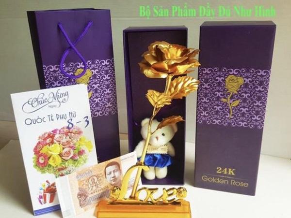 Xuất hiện hoa hồng mạ vàng giá chỉ 10.000 đồng/bông-1