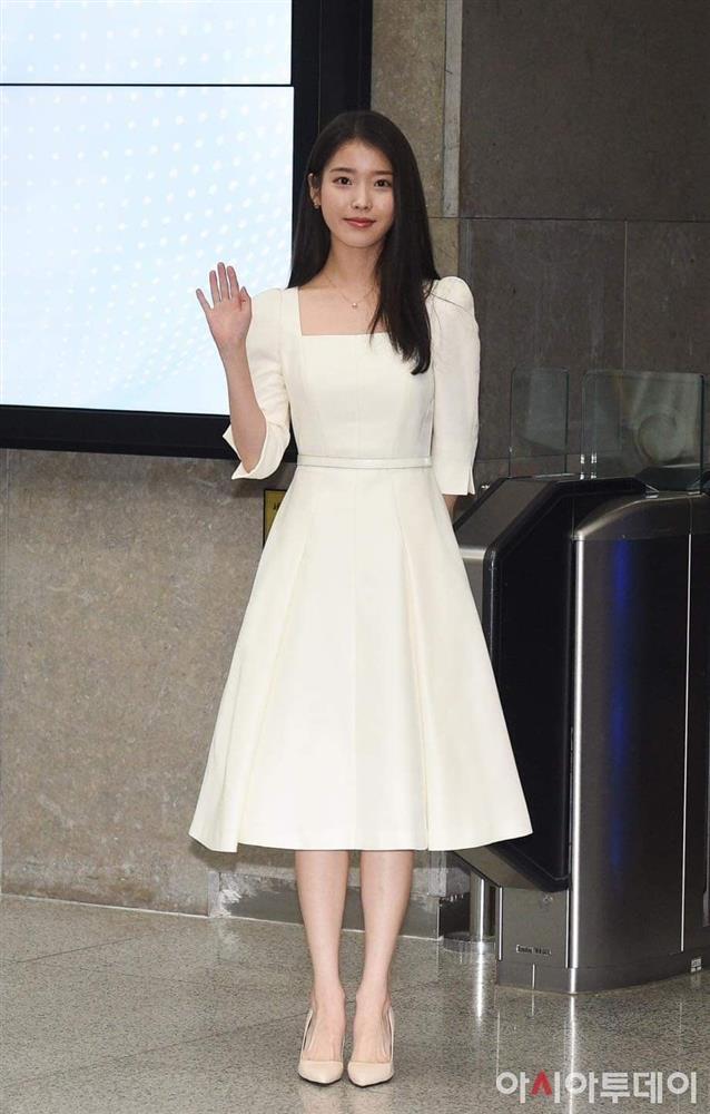 """Chơi chiêu nhỏ nhưng điên nữ"""" Seo Ye Ji vẫn ghi điểm khác biệt Song Hye Kyo, Park Min Young… khi đụng độ-6"""