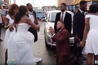 Bất ngờ thấy hành động của chú rể trên xe hoa, cô dâu lập tức hóa điên hủy luôn hôn lễ mặc lời van xin quỳ lạy, sự thật phía sau mới gây choáng