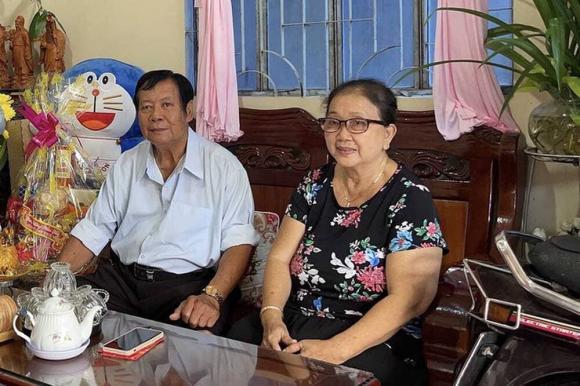 Mẹ Vân Quang Long nghẹn ngào: Chồng tôi như muốn chết đi khi các Youtuber xúc phạm, chửi bới liên tục-1