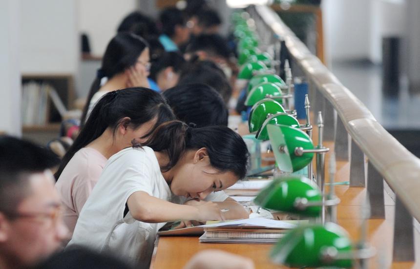 Trung Quốc đề xuất bỏ học tiếng Anh-2