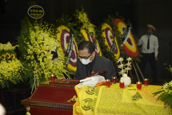 Tang lễ NSND Trần Hạnh và những khoảnh khắc khiến công chúng nghẹn lời-3
