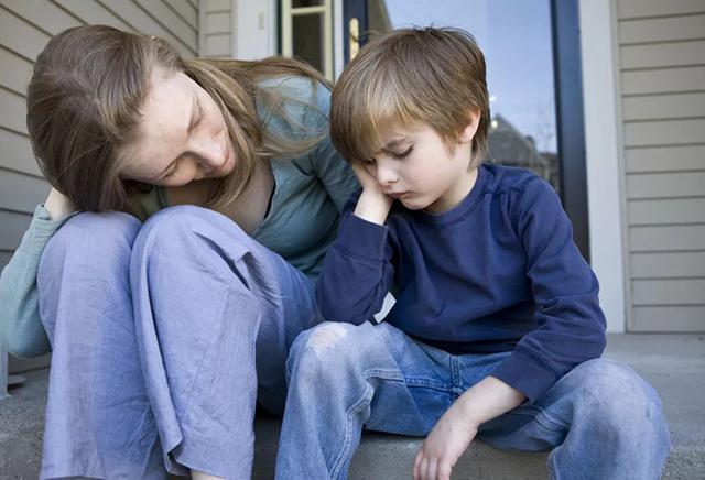 Hiểu lầm phổ biến khi nuôi dạy con trai đa số cha mẹ đều mắc phải, bạn có nằm trong số đó?-1