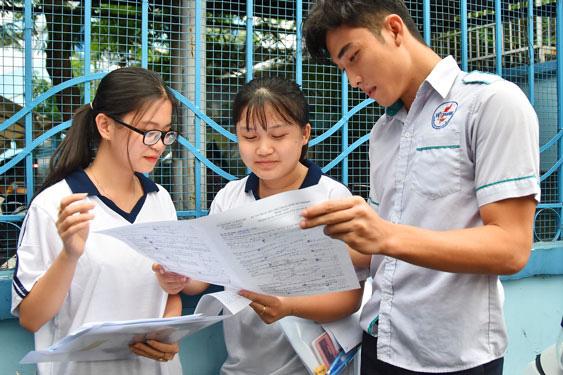 Sắp công bố đề thi tốt nghiệp THPT 2021 tham khảo-1
