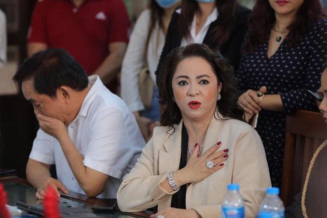 Căn nhà trị giá 18 tỷ mà lương y Võ Hoàng Yên xin trả lại để thỏa hiệp với vợ chồng ông Dũng lò vôi hiện giờ thế nào?-3