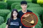 Bạn trai tặng 8/3 sợi dây chuyền vàng 5 triệu rồi hết cả tiền ăn, cô nàng gửi lại 2 triệu vì thương cảm rồi bàng hoàng khi biết sự thật sau món quà đắt giá!