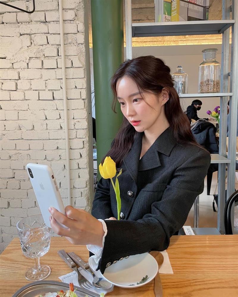 Gợi ý 5 kiểu tóc cho chị em diện mạo long lanh, chanh sả nhất để đi hẹn hò mùng 8/3-1