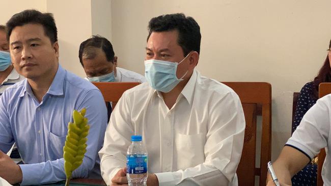 Tại sao thần y Võ Hoàng Yên không đủ điều kiện vẫn được đặc cách cấp giấy phép hoạt động Trung tâm phục hồi chức năng ở Hà Tĩnh?-3