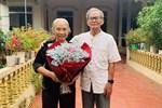 Cụ ông U80 năm nào cũng mua hoa tặng vợ dịp 8/3, món quà lần này 'chất chơi' không kém gì giới trẻ