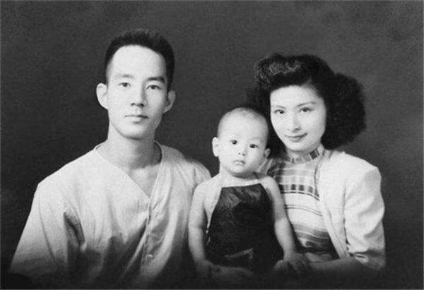 Từng là cha con người đàn ông 59 kết hôn với con gái sau 37 năm xa cách, đến khi qua đời, vợ phải đối mặt với một sự kiện chấn động!-4