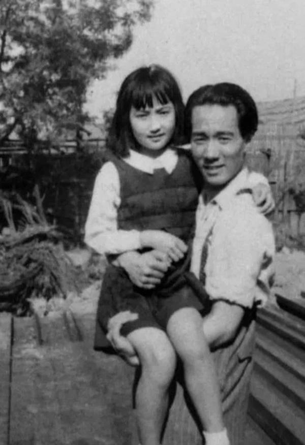 Từng là cha con người đàn ông 59 kết hôn với con gái sau 37 năm xa cách, đến khi qua đời, vợ phải đối mặt với một sự kiện chấn động!-5
