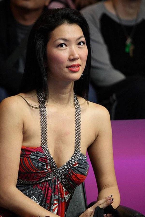 Nữ cơ thủ bi-a người Mỹ gốc Hàn bị ung thư buồng trứng, nếu thuộc nhóm người này bạn cũng nên cẩn thận-2