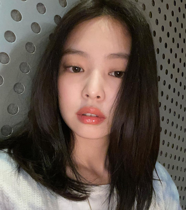 4 bí kíp then chốt để makeup tự nhiên kiểu Jennie, nàng công sở áp dụng chắc chắn không thể xấu-4