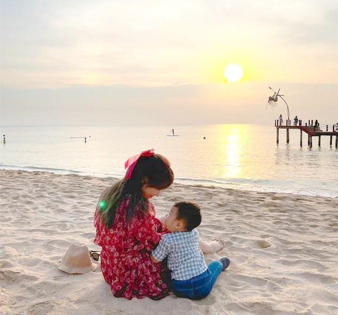 Hòa Minzy từng tiên tri sẽ sinh con rồi mới cưới vào 4 năm trước-3