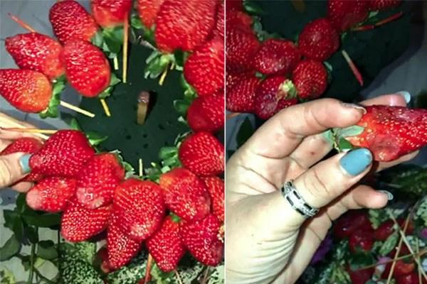 Ngắm bó hoa dâu tây đỏ mọng hấp dẫn với mức giá không hề rẻ, chủ nhân bó hoa ngẩn tò te khi rút ra ăn thấy toàn mùi hôi thối