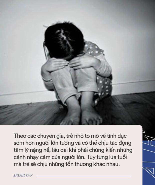 Mặc dù con nhỏ đang nằm cạnh, cặp vợ chồng vẫn thản nhiên đắp chăn làm chuyện nhạy cảm, phớt lờ những ảnh hưởng xấu tới con-3