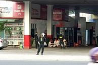 Hàng chục cảnh sát bao vây 3 cây xăng Vân Trúc ở Bình Dương
