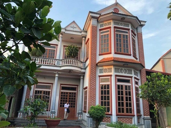 Chuyện lạ ở Hà Nội: Cụ ông U80 dùng cân đếm tiền, có 11 vợ, người trẻ nhất mới hơn 20 tuổi-2
