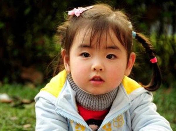 Bé gái 3 tuổi thoát chết kỳ diệu trong trận động đất thảm khốc ở Trung Quốc và hành trình trưởng thành khó tin của thiên thần một chân-5