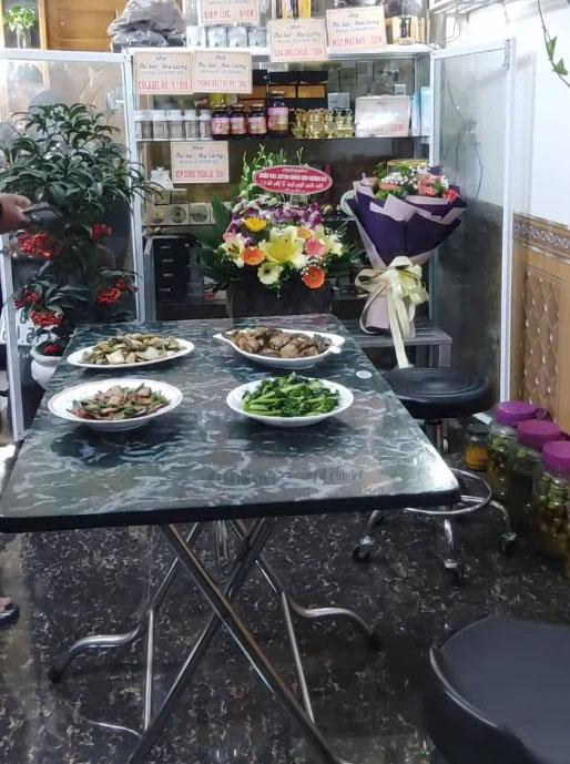 Cô dâu Cao Bằng 64 tuổi khoe được chồng trẻ 9X dắt đi chơi ngày lễ, còn tự tay đứng bếp cả tiếng để nấu cơm ngon cho vợ U70-7