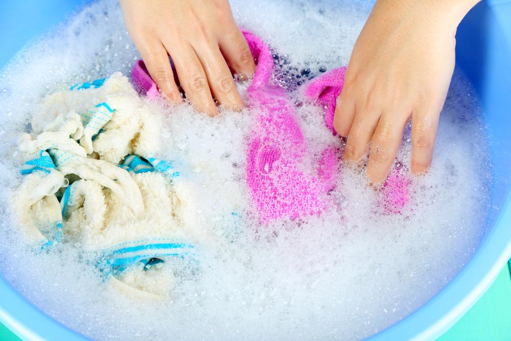 Mẹo giặt và phơi quần áo nhanh khô khi trời nồm-2