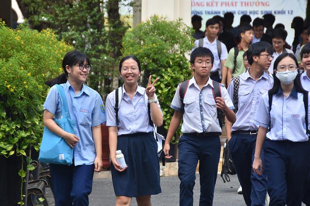Tuyển sinh lớp 10 tại TP.HCM: Đề xuất tính điểm hệ số 1 cả Toán, Văn, Ngoại ngữ-1