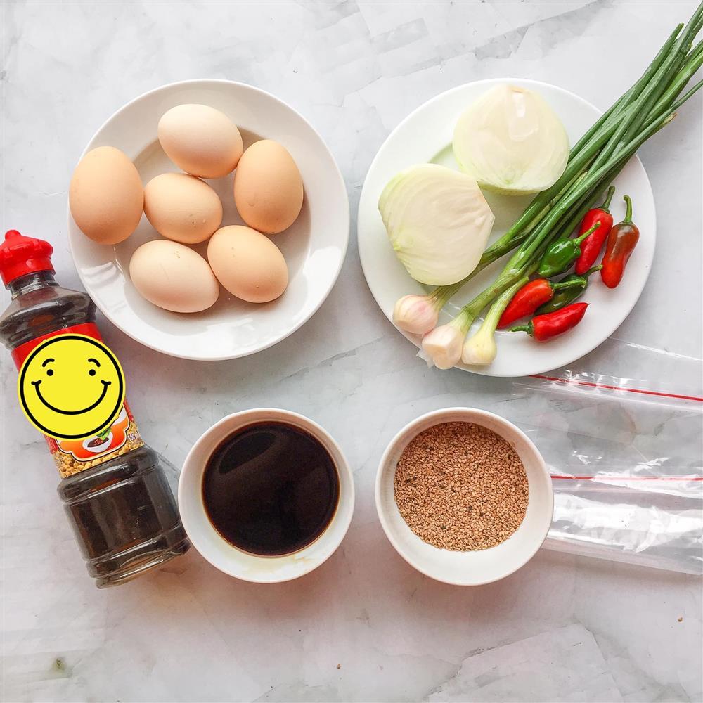 Loại bỏ nhàm chán mùa Covid và góp phần giải cứu nông sản quê hương cùng món trứng ngâm tương siêu ngon lại đưa cơm-4