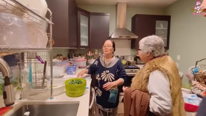 Mẹ Bằng Kiều ở nhà 2000 m2 bên Mỹ: Buổi đêm tôi ở có một mình, chẳng ai ở cùng-5