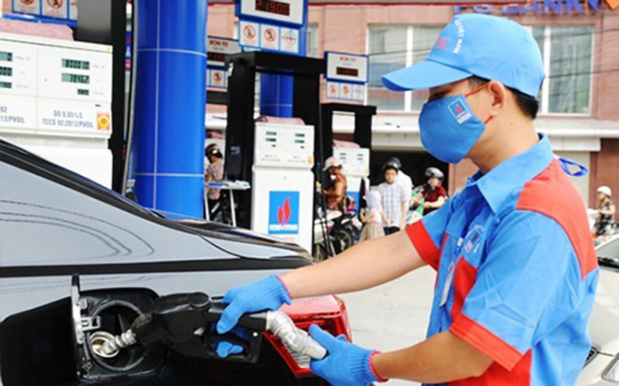 Giá xăng sẽ lại tăng mạnh, lên mức kỷ lục mới-1