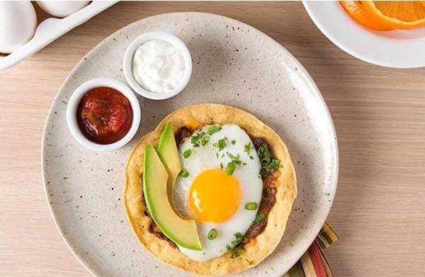 Bữa sáng quyết định tuổi thọ của bạn: Vừa ngủ dậy đừng vội ăn ngay 2 món ăn và loại đồ uống này mà hại thân-1