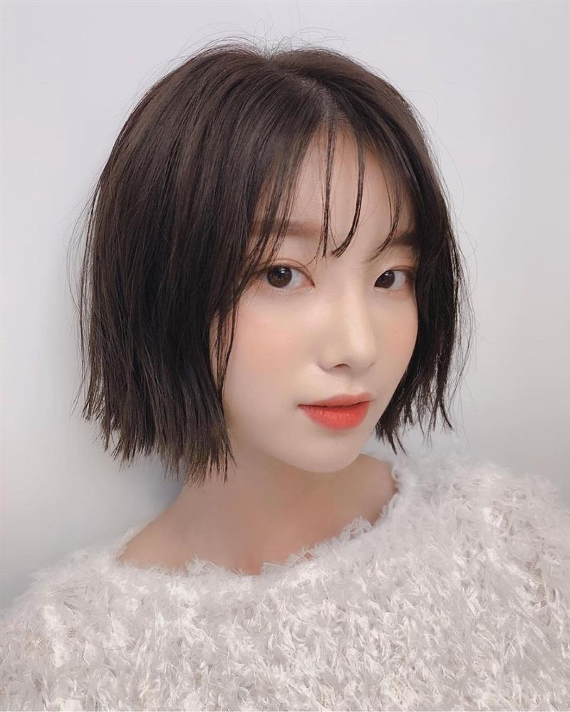 5 kiểu tóc siêu nhẹ đầu và còn nhân đôi vẻ sành điệu, hoàn hảo để chị em cắt cho mùa Xuân/Hè-3