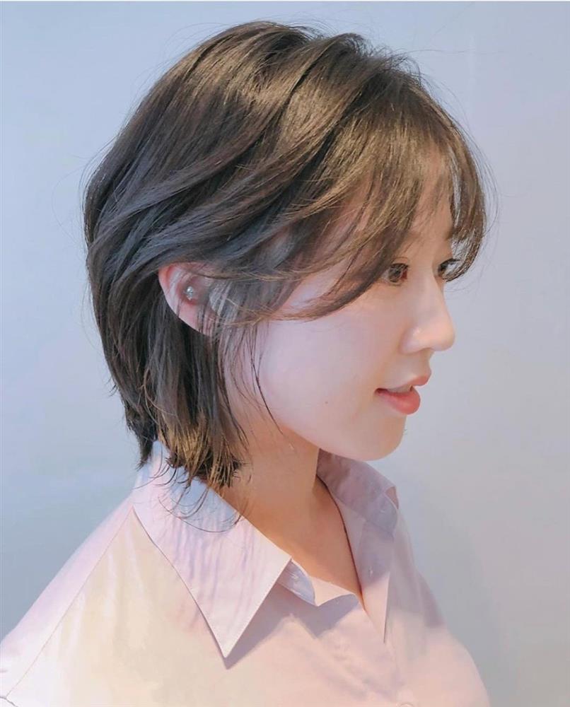 5 kiểu tóc siêu nhẹ đầu và còn nhân đôi vẻ sành điệu, hoàn hảo để chị em cắt cho mùa Xuân/Hè-17