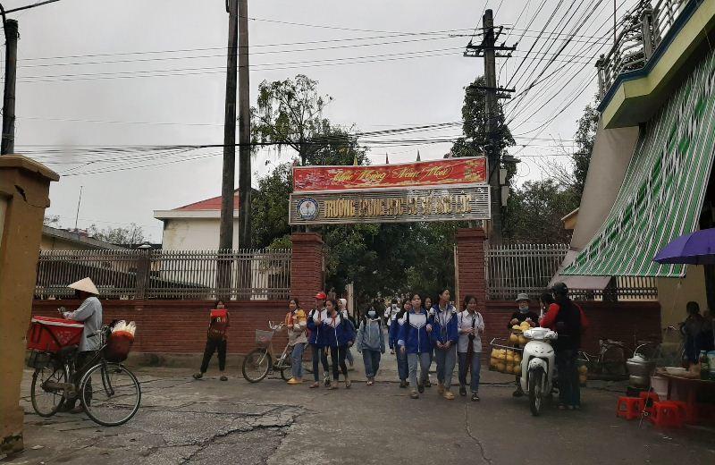 Trường học thu cả trăm triệu tiền tự nguyện nhưng thất hứa với phụ huynh-1