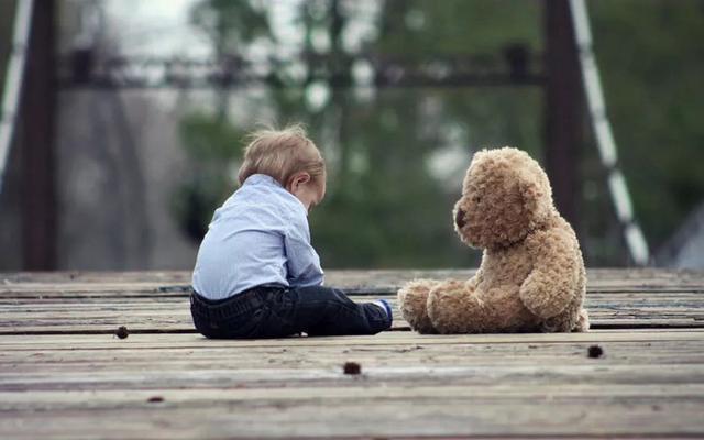 2 đứa trẻ mắc cùng 1 lỗi, hành động của 2 bà mẹ cho kết quả quá khác biệt: Thái độ của cha mẹ khi trẻ mắc lỗi sẽ quyết định tương lai của chúng-5