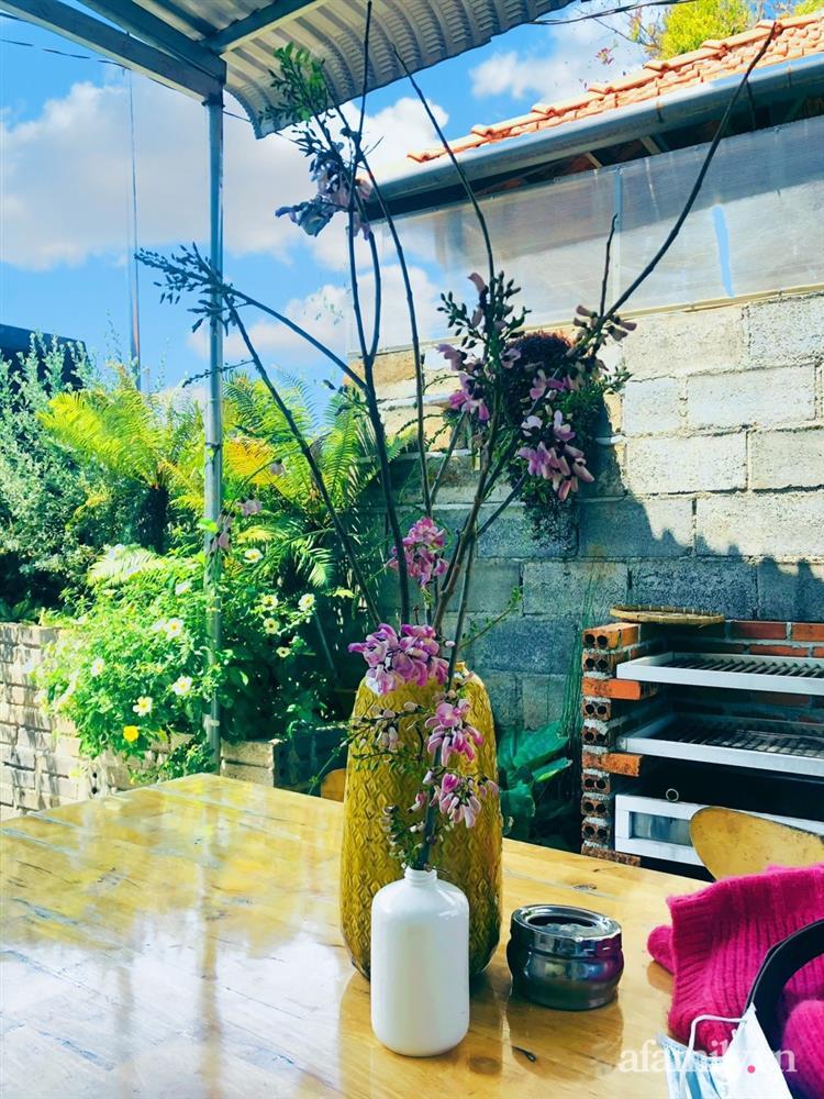 Bận rộn chăm sóc 3 con, bà mẹ đảm vẫn một tay thiết kế khu vườn đầy hoa đẹp như mơ ở Đắk Nông-29