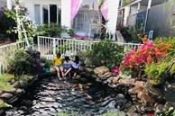 Bận rộn chăm sóc 3 con, bà mẹ đảm vẫn 'một tay' thiết kế khu vườn đầy hoa đẹp như mơ ở Đắk Nông