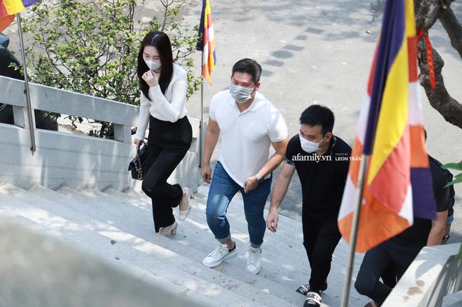 Lễ tưởng niệm và cầu siêu chuyên gia trang điểm Phan Minh Lộc: Mẹ Minh Lộc tiết lộ nguyên nhân khiến anh đột ngột ra đi-6