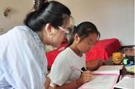 Xin nghỉ học từ 10h tối nhưng mẹ không cho, cô bé 11 tuổi đột tử trên bàn học: 'Mẹ ơi, con ngủ một lát rồi học tiếp'