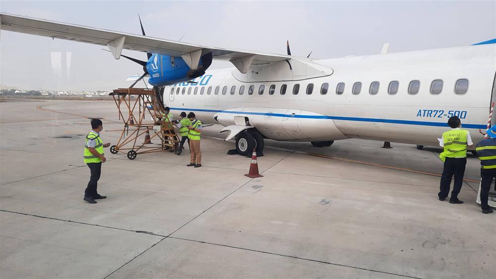 Chuyến bay từ TP.HCM đi Côn Đảo phải quay về vì máy bay có khói-1