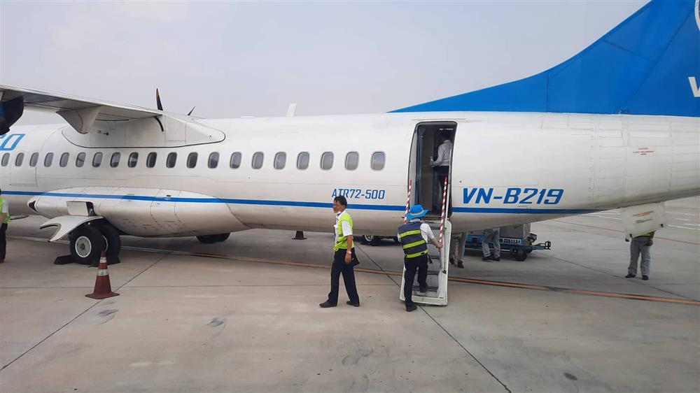 Chuyến bay từ TP.HCM đi Côn Đảo phải quay về vì máy bay có khói-2