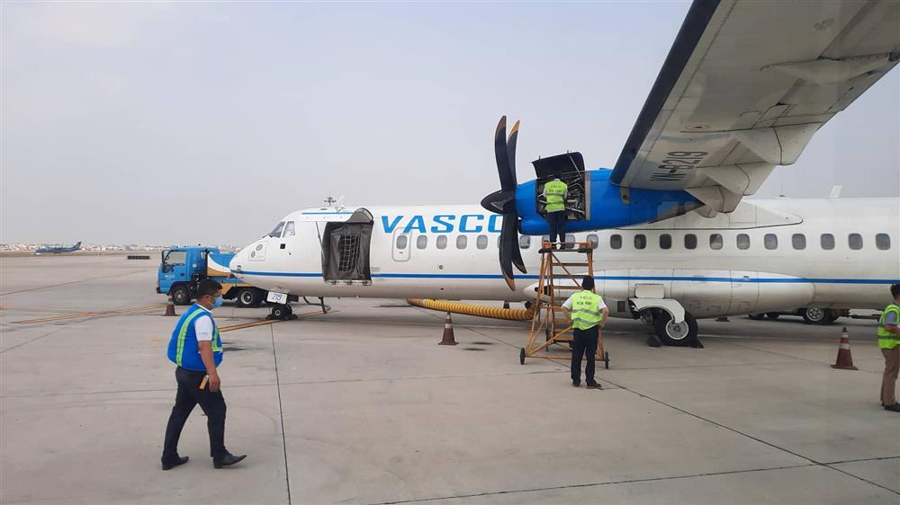 Chuyến bay từ TP.HCM đi Côn Đảo phải quay về vì máy bay có khói-4