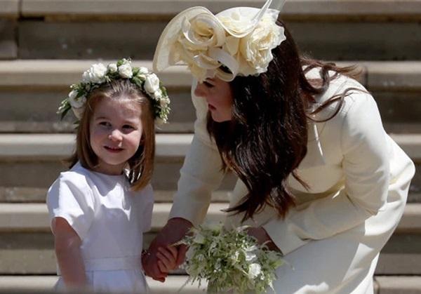 5 sự cố khiến chị em dâu Kate và Meghan vĩnh viễn không thể hàn gắn, drama vứt hoa vào sọt rác chưa là gì-2