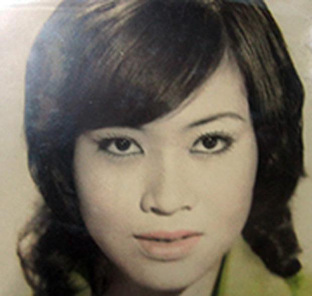 Xót xa hoàn cảnh NS cải lương Trang Thanh Xuân 71 tuổi: Sống trong phòng trọ vỏn vẹn 6m2, bệnh tật vẫn đi bán vé số-8
