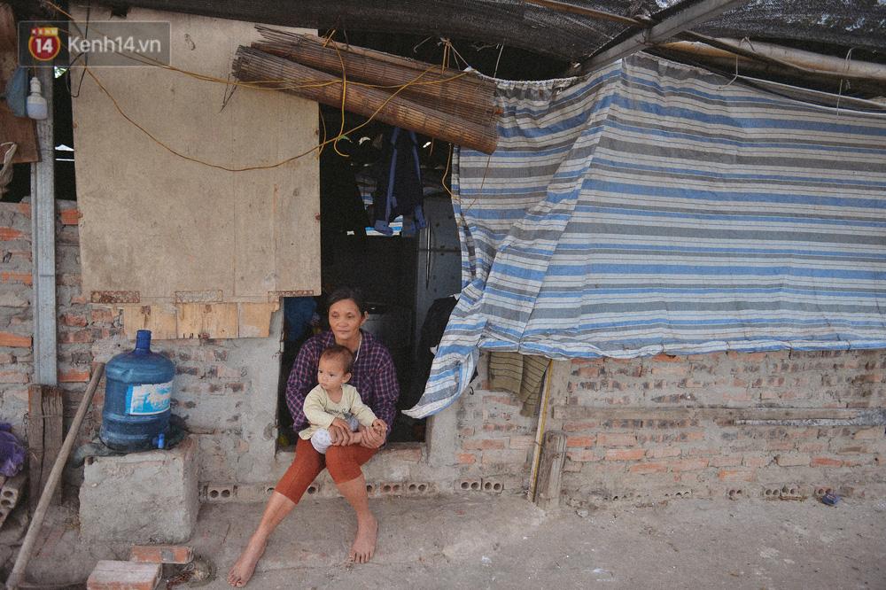 """Người mẹ sinh 14 đứa con ở Hà Nội, 3 đứa vướng vào lao lý: Cuộc đời này tôi chưa thấy ai khổ như mình""""-1"""