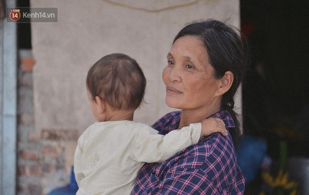 """Người mẹ sinh 14 đứa con ở Hà Nội, 3 đứa vướng vào lao lý: Cuộc đời này tôi chưa thấy ai khổ như mình""""-16"""