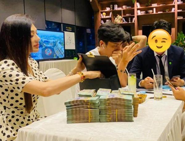 """Lâm Khánh Chi tuyên bố trúng xô"""" 10 tỷ đồng, 1 phút sau gây hoang mang vì vội xoá đi!-3"""