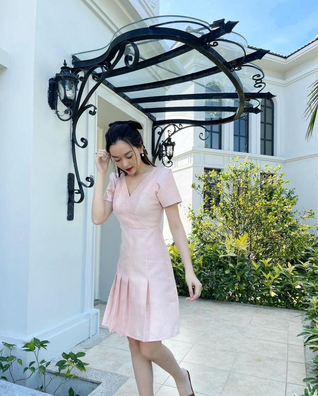 Hội Bông hậu diện váy theo 10 cách siêu xinh và sang, xem mà chốt được bao kiểu đáng sắm cho mùa Hè-9