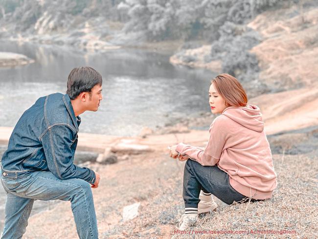Hướng dương ngược nắng: Nghi vấn Châu - Phúc đang ở quê cô Hạnh, nhân vật mà vừa nhắc tên Minh đã tím mặt vì ghen-5