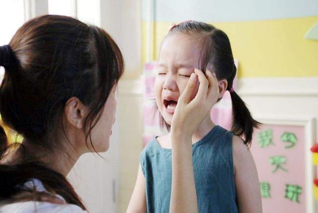 Nếu không muốn con khổ, ba mẹ thông minh nên chuẩn bị điều này trước khi cho trẻ đi mẫu giáo: Con vui khỏe, cô giáo yêu quý-1