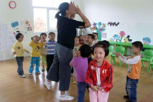 Nếu không muốn con khổ, ba mẹ thông minh nên chuẩn bị điều này trước khi cho trẻ đi mẫu giáo: Con vui khỏe, cô giáo yêu quý-4